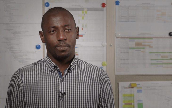 Eole s'engage pour l'insertion professionnelle: Bakary, dessinateur bâtiment voyageurs Mantes