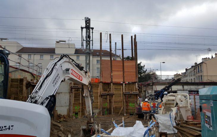 Les travaux du pont rail de la gare ont repris