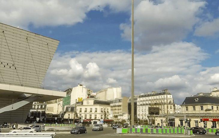 Les travaux en images: dépose d'un mat d'éclairage à Porte Maillot