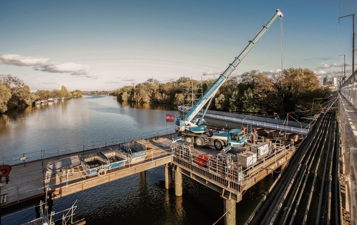 Le chantier du pont ferroviaire entre Nanterre et Bezons en images