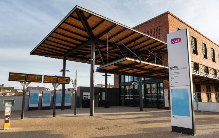 Mantes-la-Jolie : ouverture du nouveau bâtiment voyageurs de Haute Qualité Environnementale !