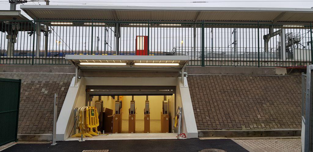 Nouvelle sortie souterraine depuis le quai Paris vue depuis la gare routière sud