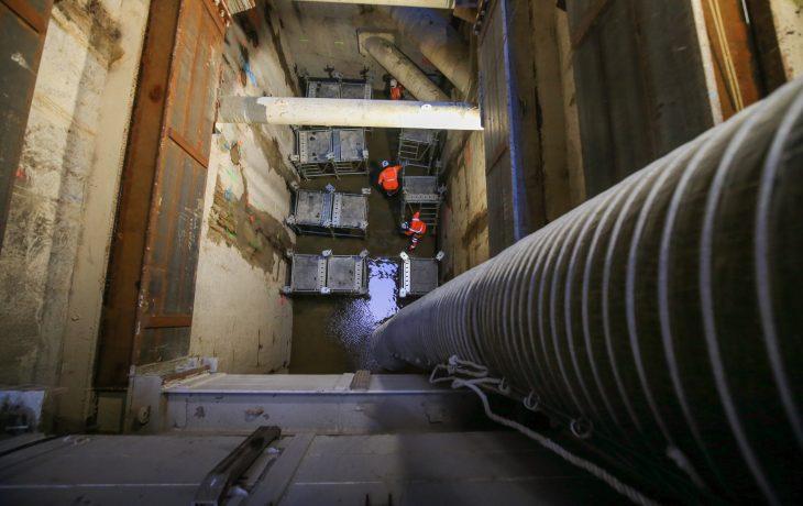 Le chantier du Puits Hôtel-de-Ville en activité pendant la trêve des confiseurs
