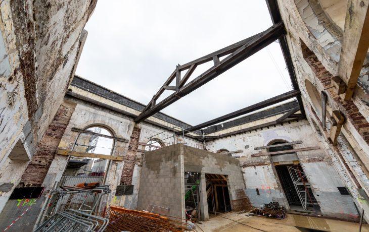 Travaux d'été du bâtiment voyageurs de Mantes-la-Jolie en images